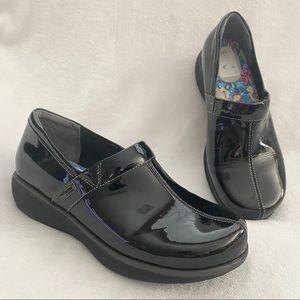 SOFTWALK Meredith Black Clogs Size 9M G1400-005